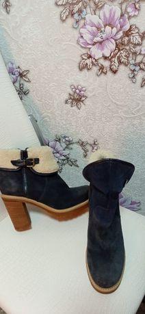 Зимние Женские Ботинки! В отличном состоянии!
