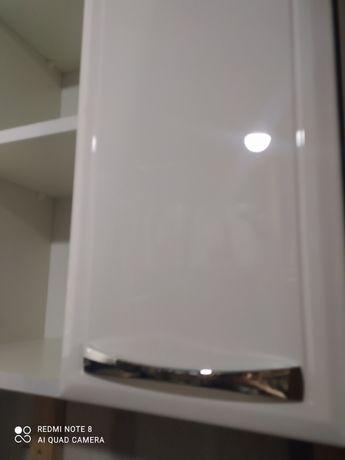 Подвесной шкаф аквародос