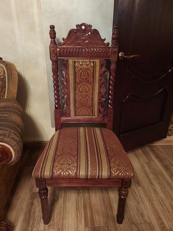 Продам стулья дерево