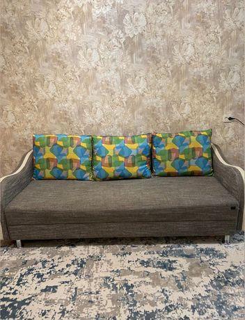 Продам диван, раскладной в отличном состоянии