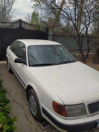 Audi 100 Audi 100