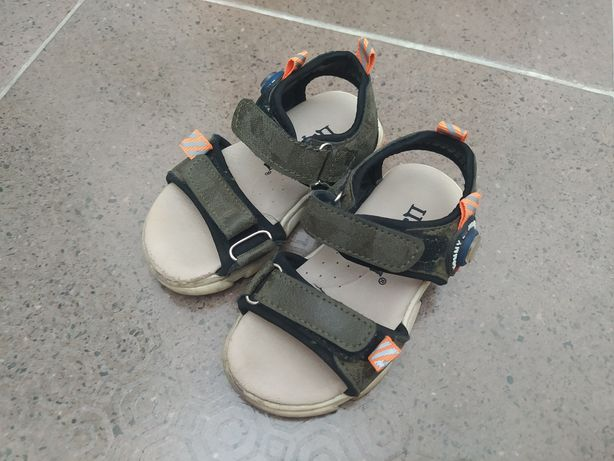 Детские сандалии, размер 23