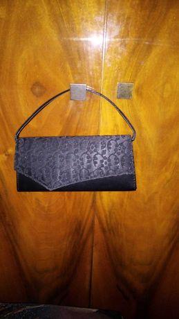Дамска черна клъч чанта