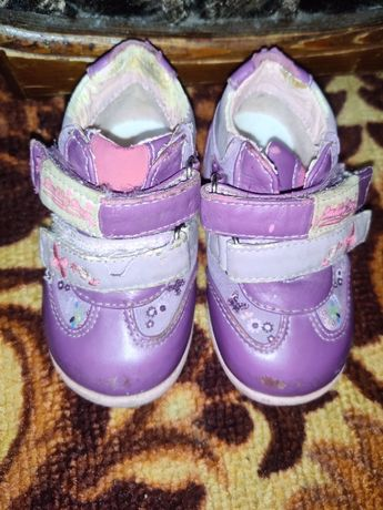 Весенние ботиночки для девочки