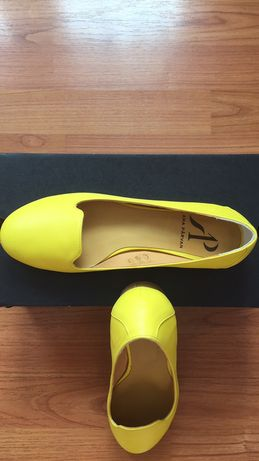 Pantofi din piele galbena( culoare lamaie) Ana Parvan