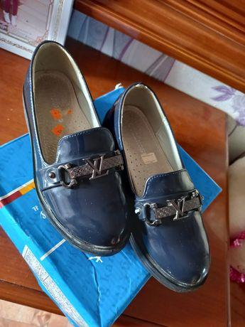 Продается Туфли детская