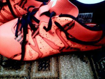 Încălțăminte Adidas, pentru fotbal