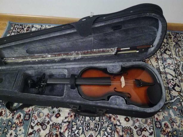 Продается новая скрипка фирма Stagg, Состояние новое.Размер 4/4