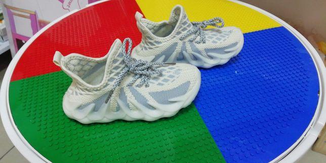 Новые кроссовки ..