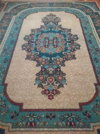 Продам ковёр 290*380