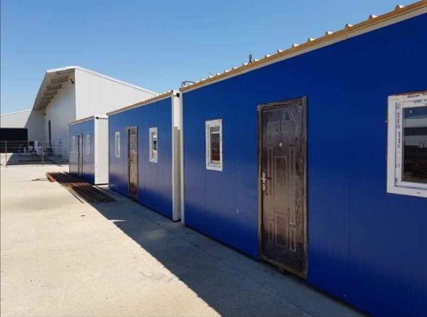 Case locuibile pe structura metalica și panou sendwich