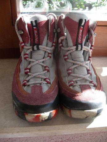 детски обувки за преходи Raichle номер 31, Meindl номер 28