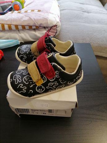 Обувчици clarks i Reebok