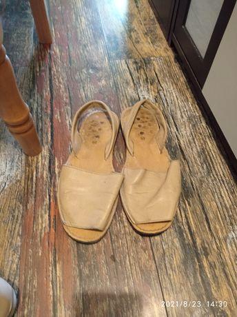 Sandale Avarca .