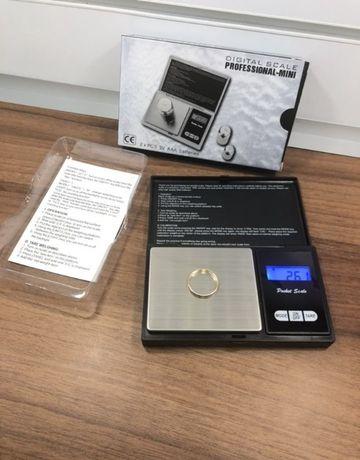 Весы Ювелирные точность 0.01 грамм. Проверенные,готовы к работе