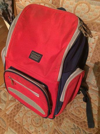 Школьный рюкзак в отличном состоянии