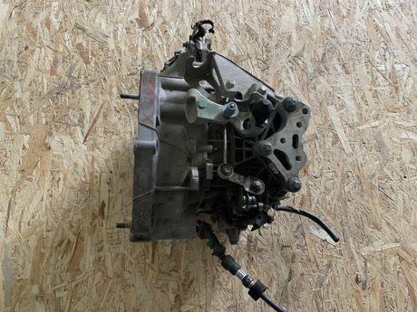 Cutie viteze jeep renegade 1.6 jtd multijet cod 55236747