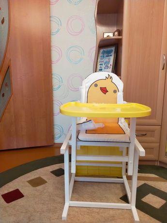 Продам детский стульчик трансформер. Цена 17 тыс.