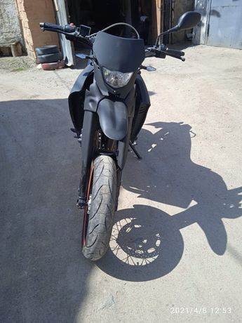 Мотоцикл Yamaha xt660x
