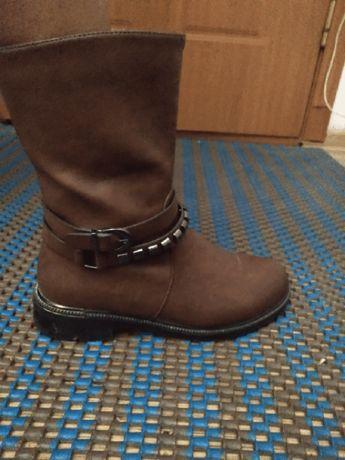 Продам обувь демисезонную