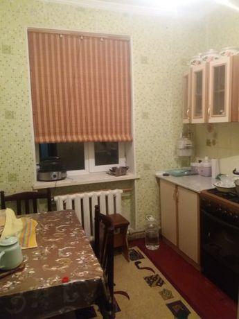 продается 3 х комнатная квартира в центре города каратау