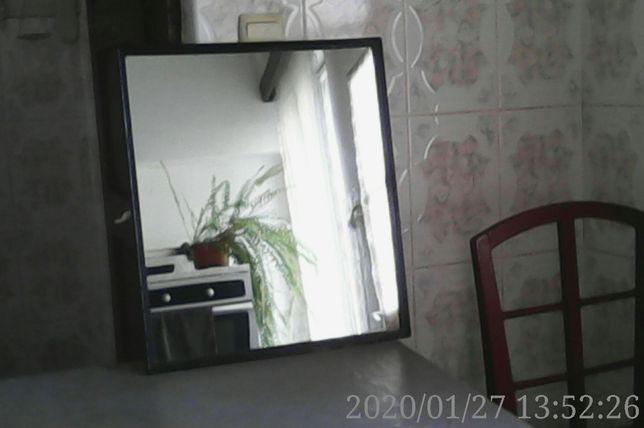 Vând 9 obiecte decorative diferite pentru interiorul camerelor