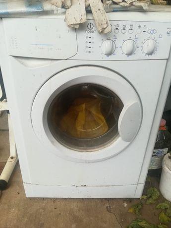 Piese masina de spalat haine indesit