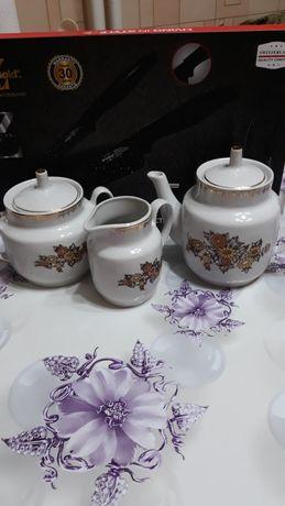 Набор посуды, чайный