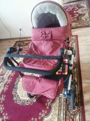 Детский коляска почти новый в хорошем состоянии