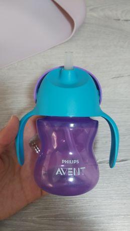 Чашка с трубочкой Avent (поильник)