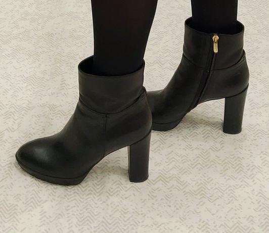 Продам ботинки MaxMara. Италия