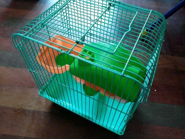 Продам клетку для хомячков