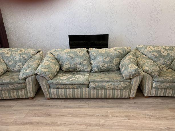 Продам диван два кресло, производитель: Боровичи Россия