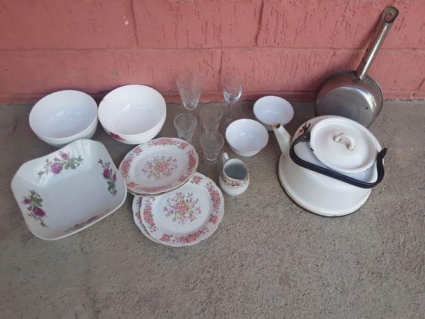 Посуда  разная  за все  1000 .