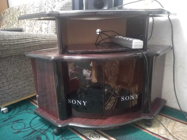 Продам тумбу Sony под телевизор за 2000