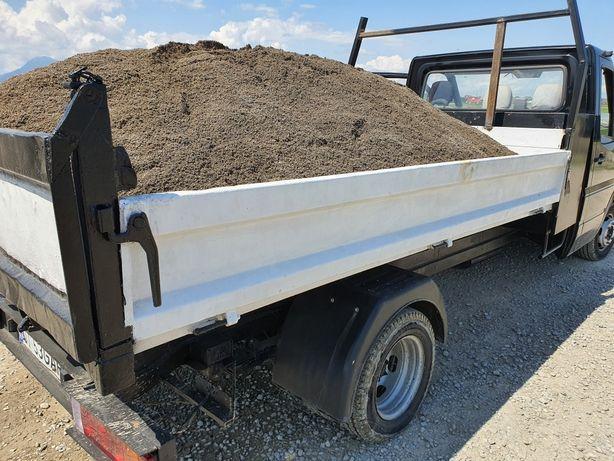 Transport nisip balastru moloz pamant
