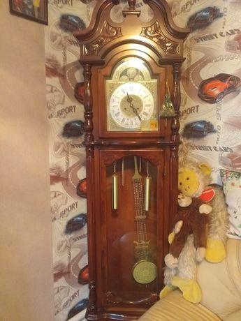 Продаю напольные часы