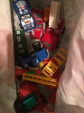 Jucării metalice și plastic