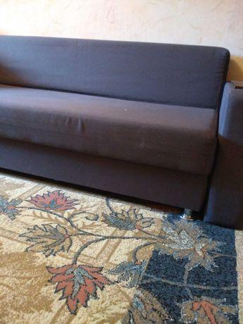 Продам раскладной диван.