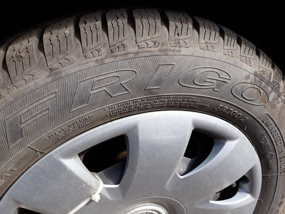 Нови зимни гуми със стоманени джанти