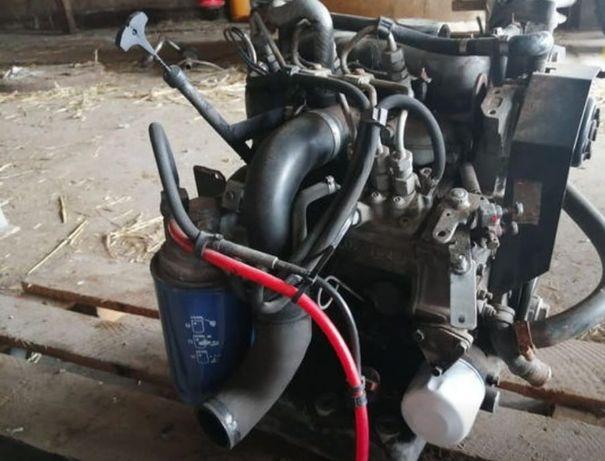 Motor Kubota 3 cilindri model 722