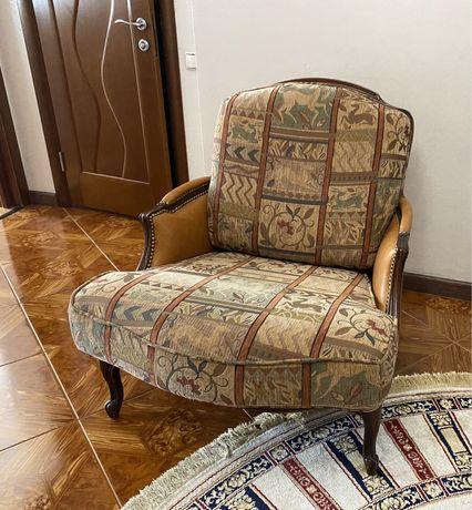 Кресло в прихожую