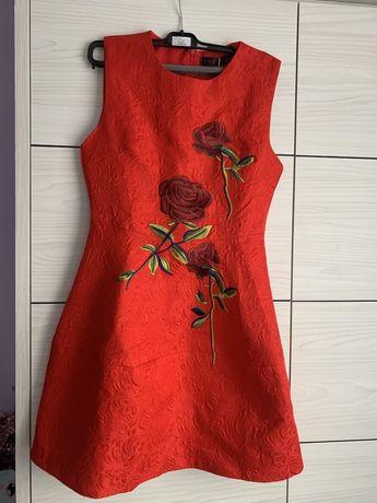 Vand rochie rosie marimea L