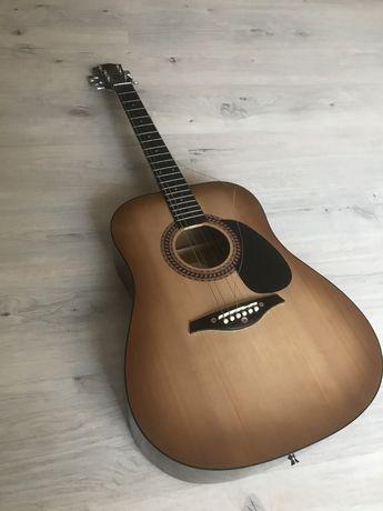Классическая гитара Hohner вместе с чехлом