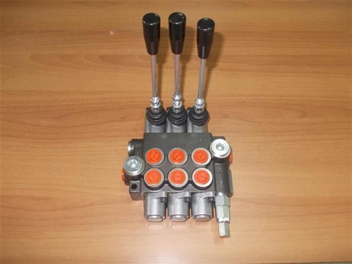 Distribuitor hidraulic 3 manete fiat utb taf tractor utilaje agricole Lugoj - imagine 1