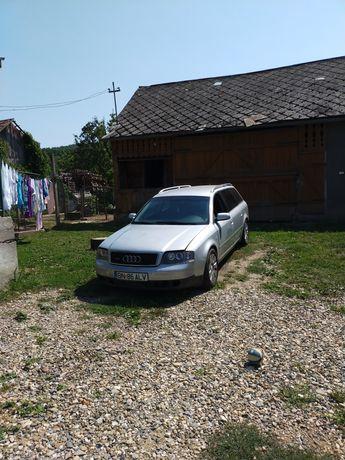 Vând Audi A6 C5 QUATTRO sau schimb cu Touran