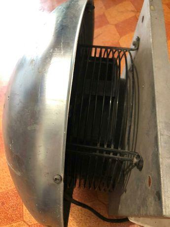 Вентилятор тяговый крышный