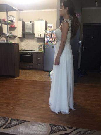 Вечернее платье TarikEdiz