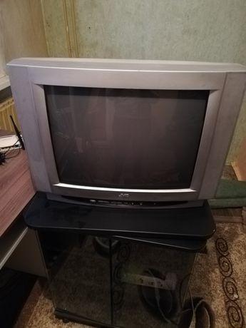 Телевизор jvs за части също може!