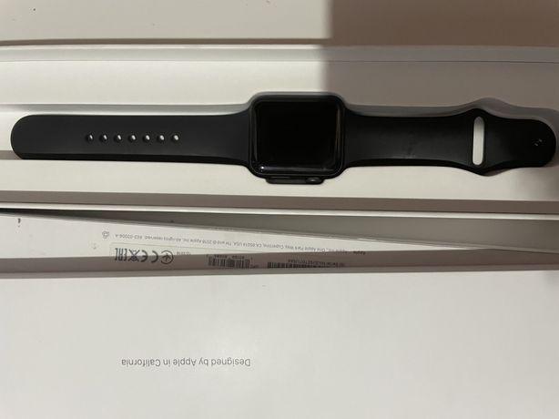 Срочно продам Apple Watch